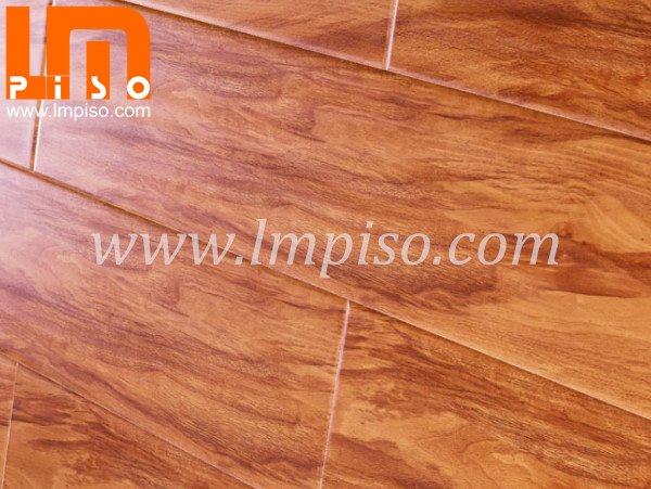 Diamond piano surface premium merbau laminate flooring