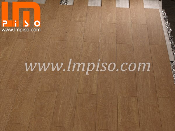 810x196mm oak color embossed in registered finish laminate fl