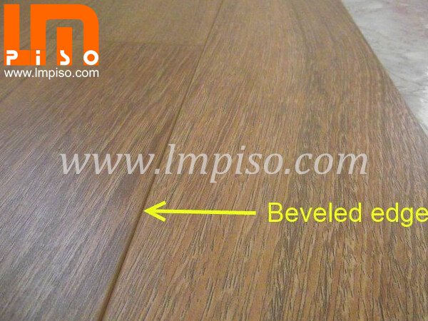 Competitive price for 12.3mm wenge wood beveled edges v groove laminate flooring