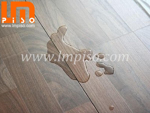 High quality soomth surface double strips water resistant laminate flooring