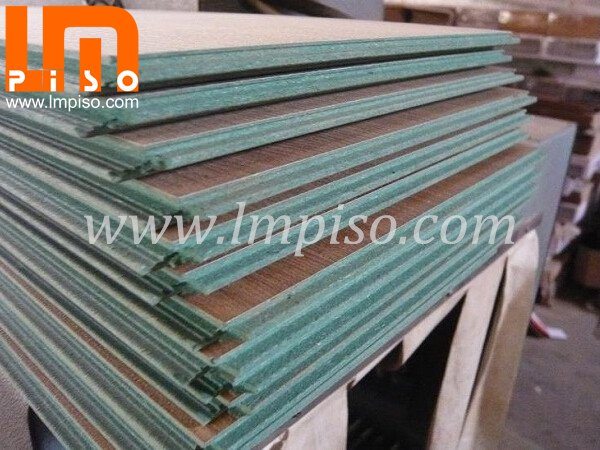Class 31 ac3 small embossed green core laminate flooring